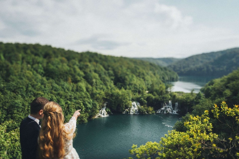 intimate wedding at plitvice lakes