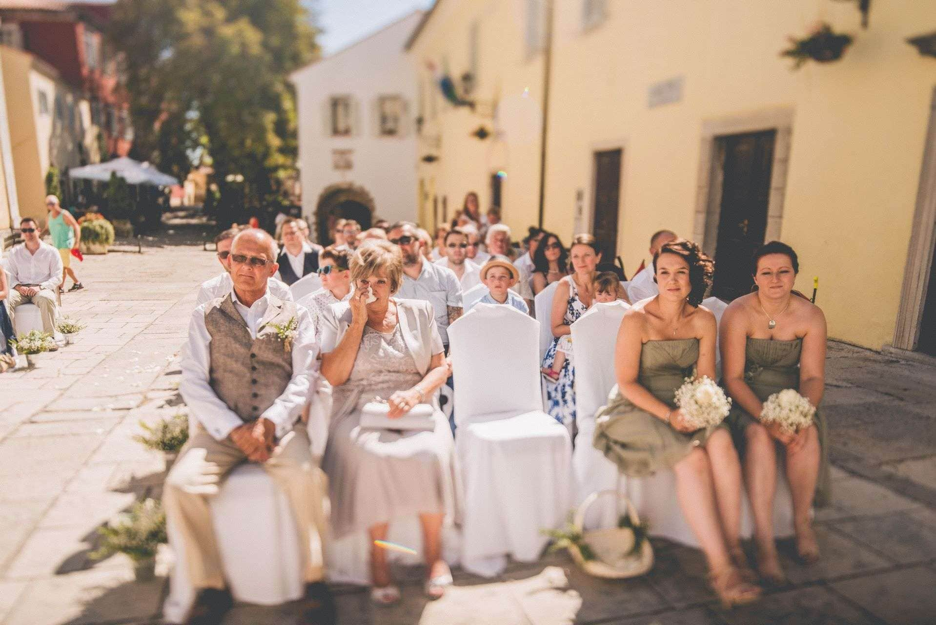 wedding-photographer-motovun-hotel-kastel-025