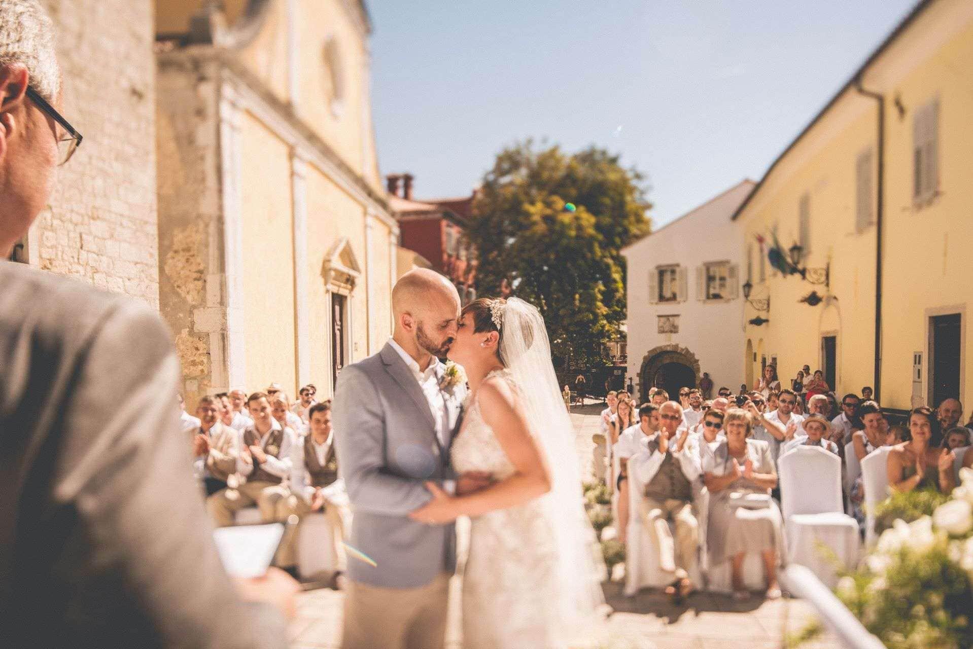 wedding-photographer-motovun-hotel-kastel-028