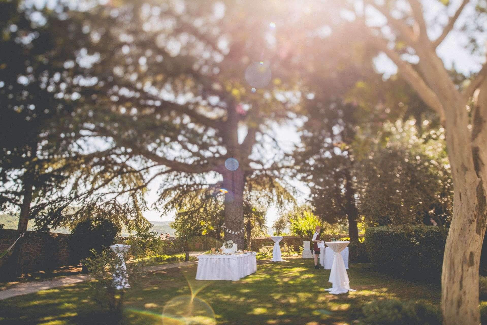wedding-photographer-motovun-hotel-kastel-035