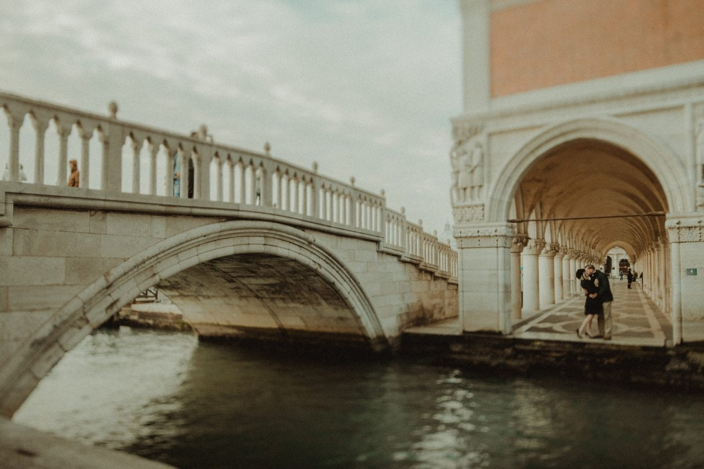 engagement photographer venice italy