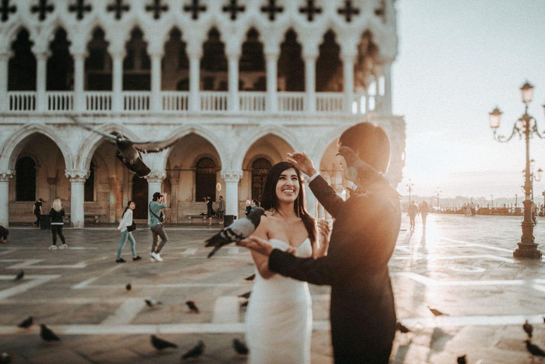 honeymoon photographer venice italy