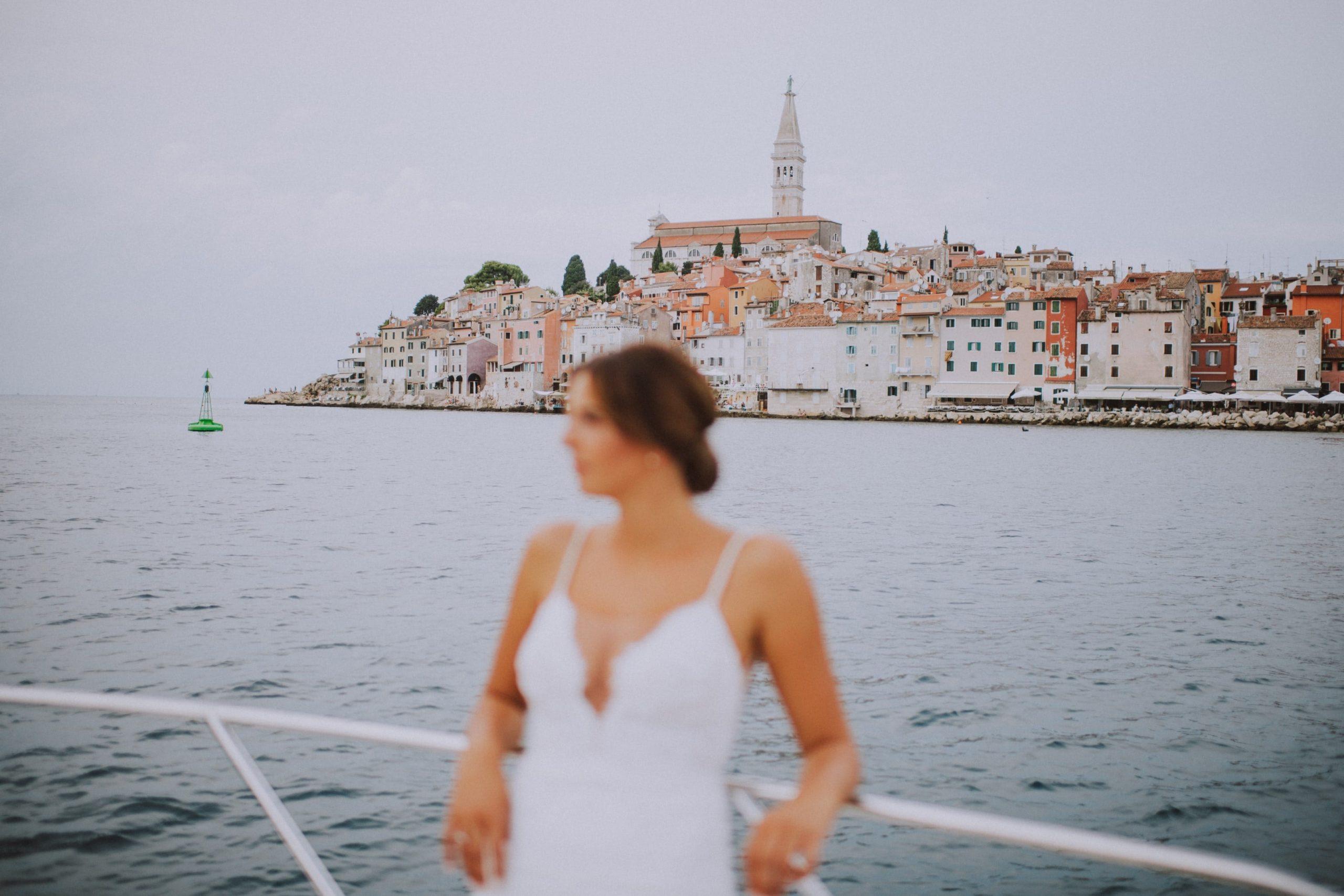 fabulous red island wedding in rovinj